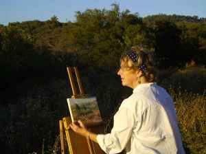 "Joan Boyer painting ""en plein air"""