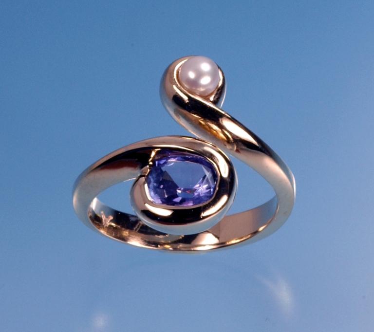 dsc_0289-tanzanite-pearl-14k-ring